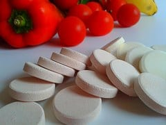 High-dose vitamin C and E may disrupt strength and endurance training